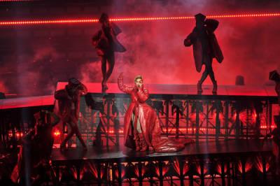 10 canciones que queremos para el Joanne World Tour
