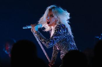 Asi lo hizo Lady Gaga en los Grammy Awards 2019