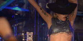 Significado y análisis de John Wayne, Lady Gaga, Joanne