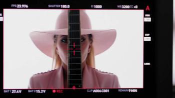 Lady Gaga confirma que los vídeos de Joanne están conectados entre sí