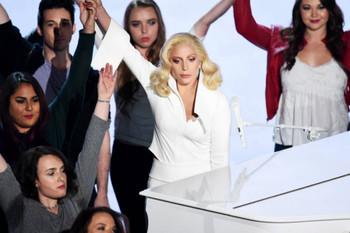 Canciones de Lady Gaga con mensajes feministas