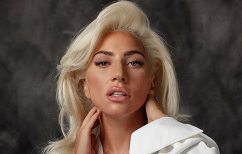 Lady Gaga afirma, a diferencia del año pasado, que no dará pausa a su carrera
