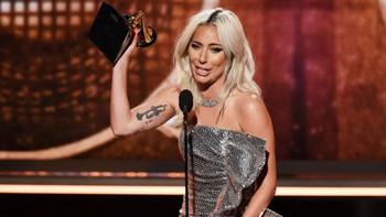 """REVIVE el momento: Lady Gaga Grammy  """"Mejor Interpretación Pop de Dúo/Grupo"""""""
